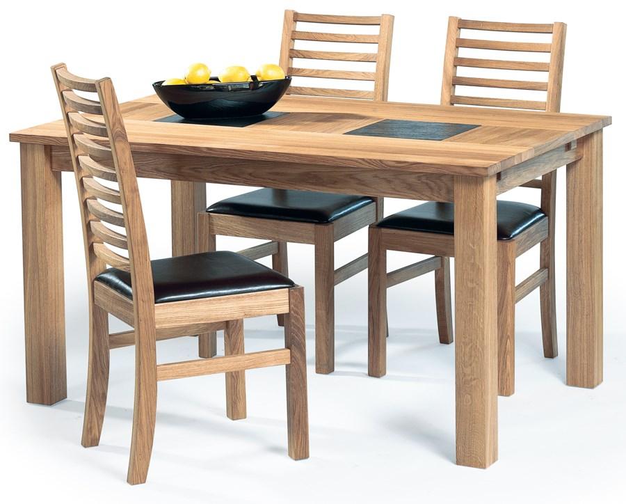 Rustikt Koksbord : Koksbord i oljad ek med vormetoliga avstollningsytor i skiffersten