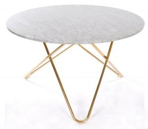 runt matbord med marmor skiva