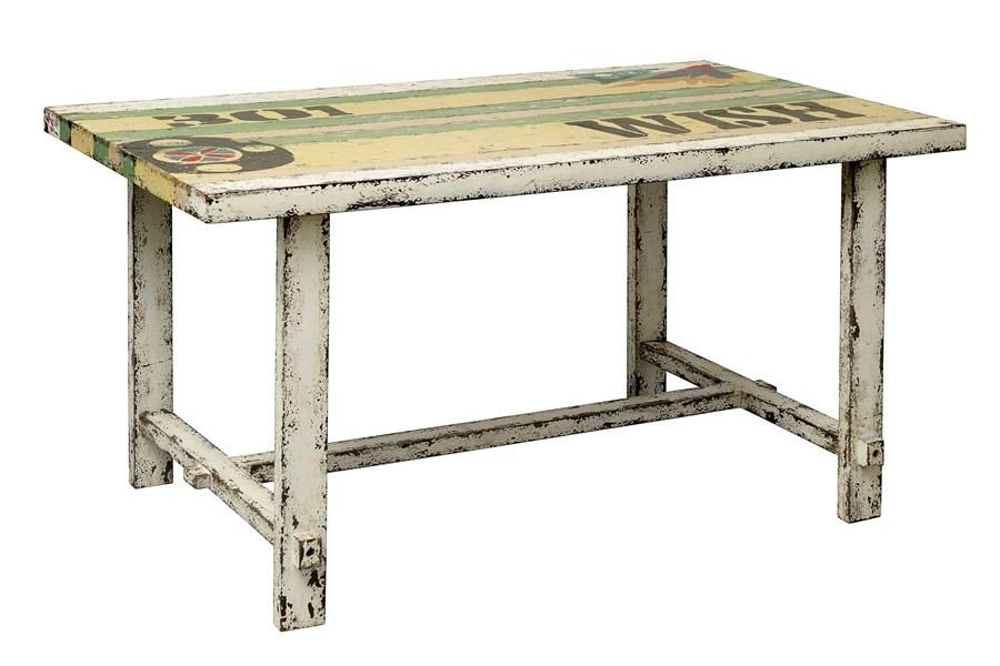 Design Koksbord : Snyggt designer koksbord i patinerad tro med molad bordsskiva
