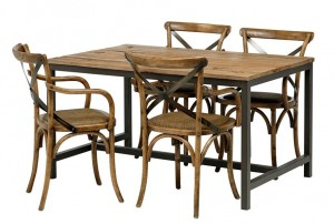 vintage matgrupp med 4 matchande stolar